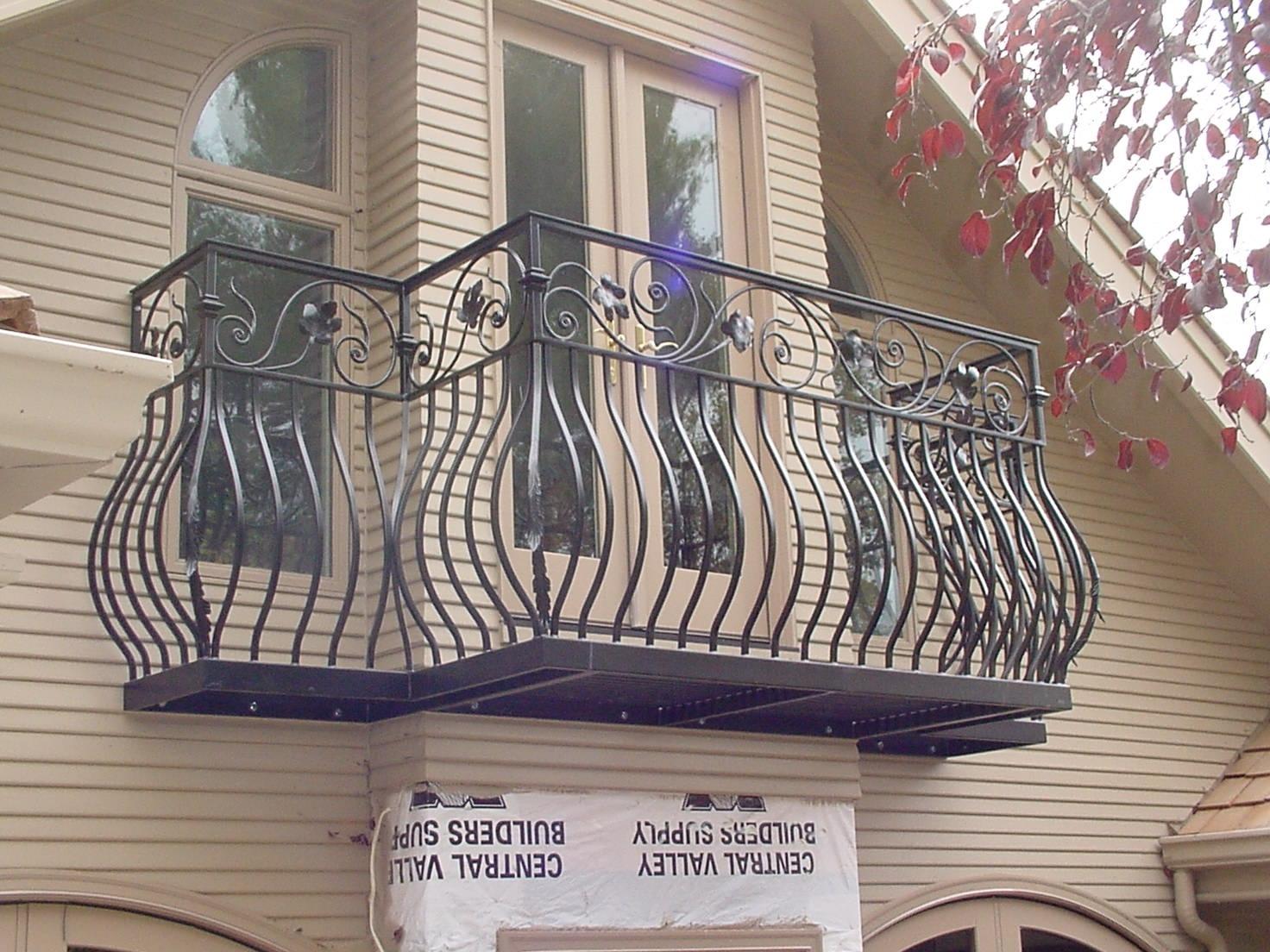 balconywfloors0000