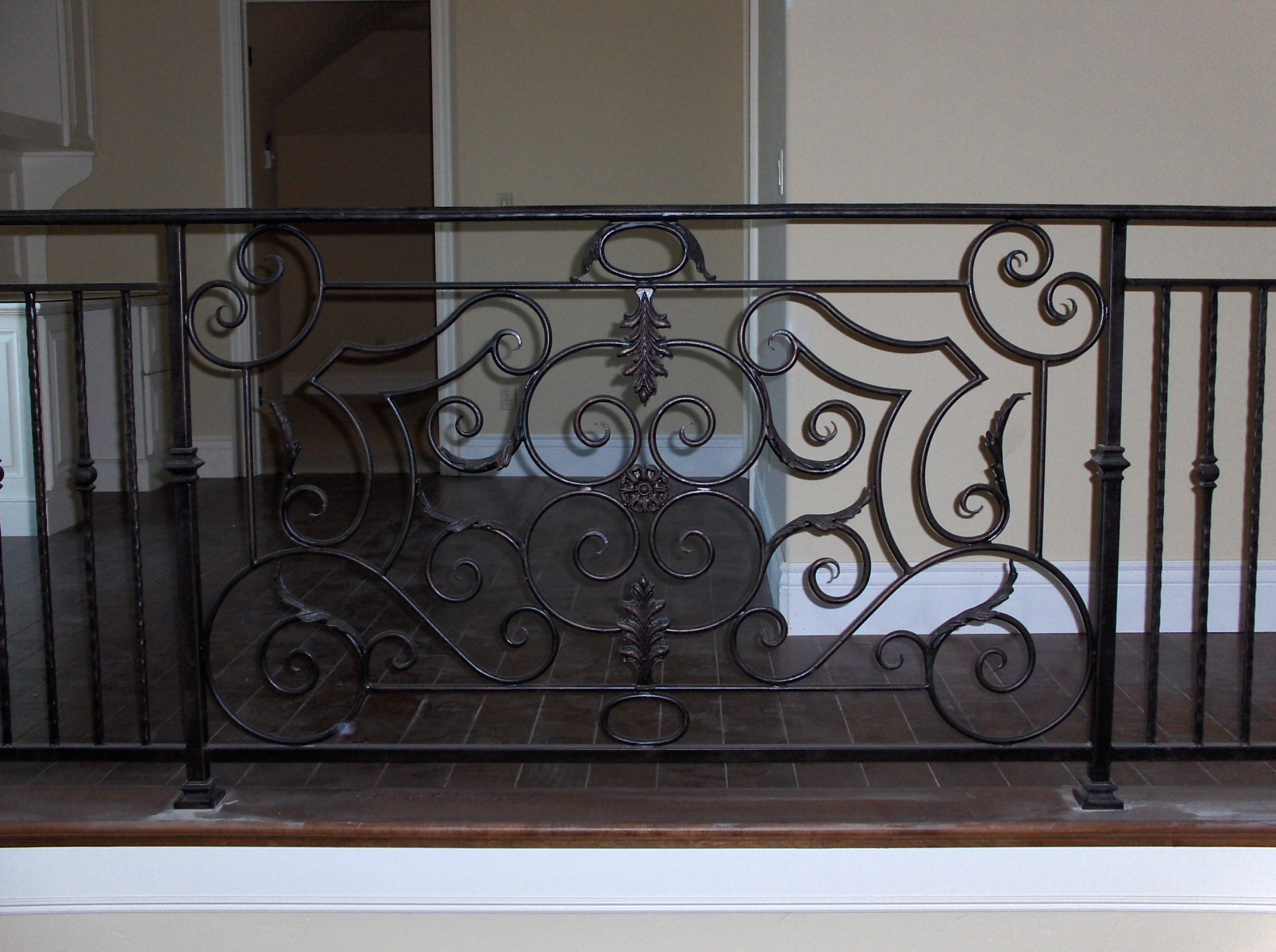 galleryrailings0017