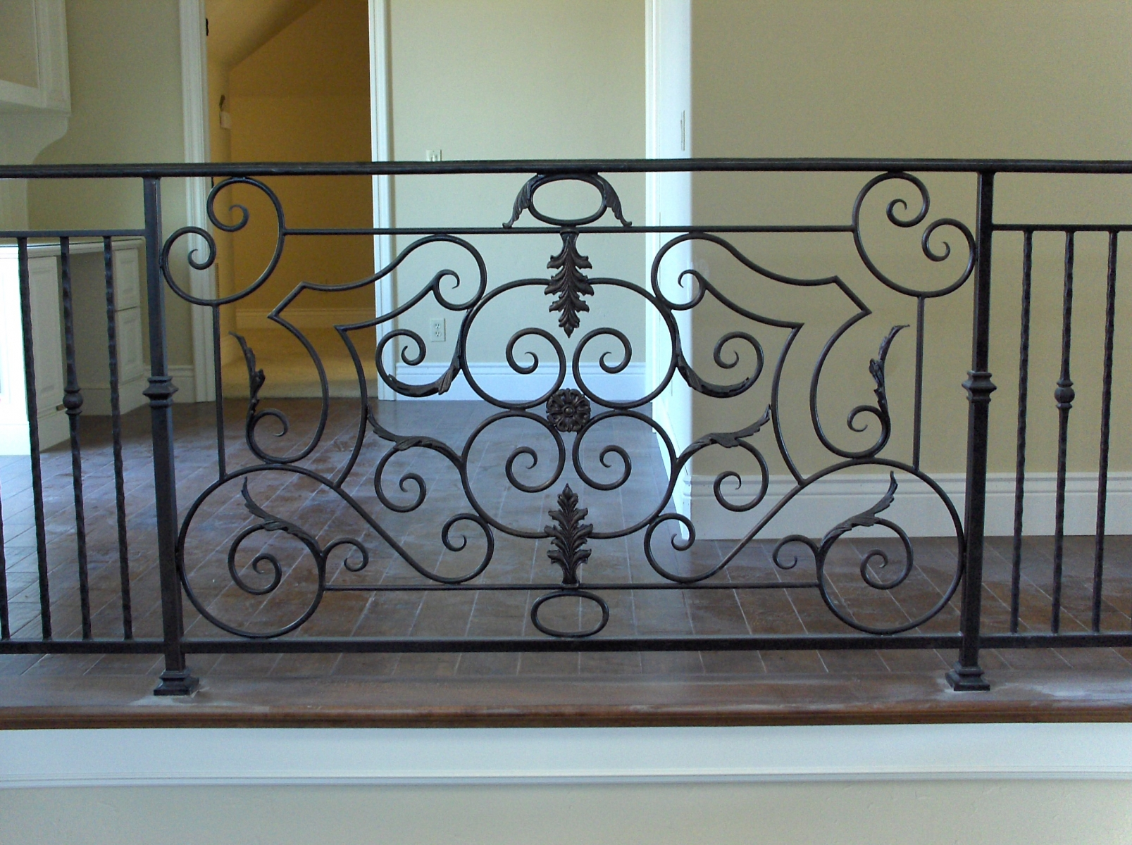 galleryrailings0019