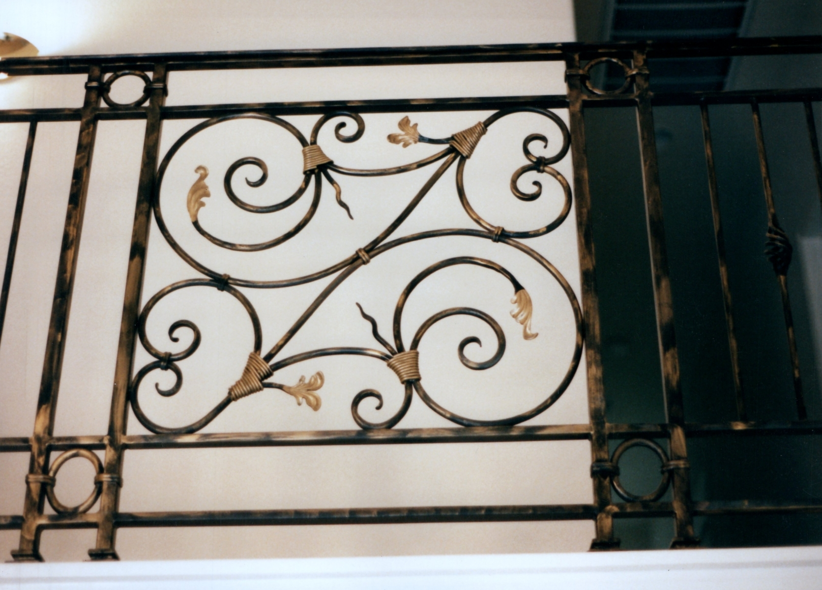 galleryrailings0045