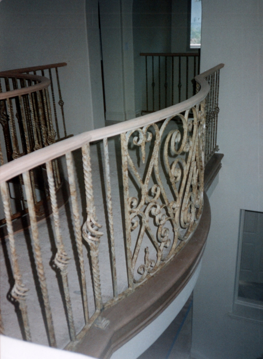 galleryrailings0050