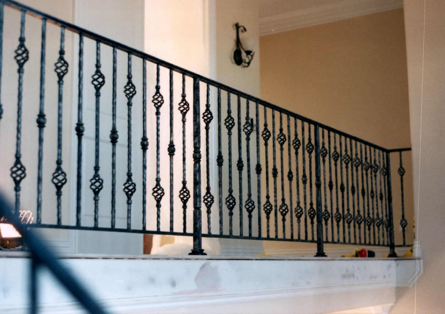 galleryrailings0053