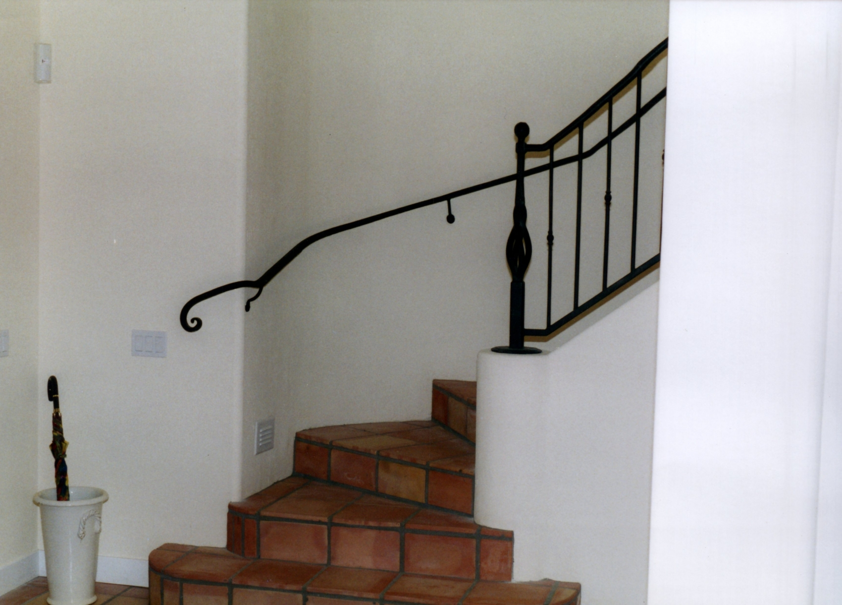stairrailingcurved0002